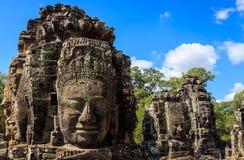 Komplex av framsidatornet i den Bayon templet Arkivfoto