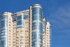 Komplexer Wohnturm Lizenzfreies Stockbild
