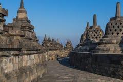 Komplexet för forntida tempel av Borobudur Arkivbild