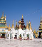 komplicerad paviljongshwedagon Arkivbilder