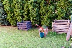 Kompostskärare och compostingramar Royaltyfri Bild