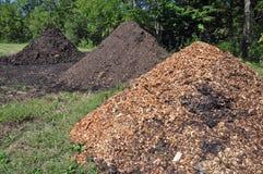 Komposttäckning och gödsel Royaltyfria Foton