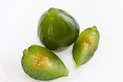 Kompott av gröna fikonträd Läcker efterrätt som tjänas som med söt pumpa och ost royaltyfri bild