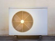 Kompressor-Klimaanlage Lizenzfreie Stockfotos