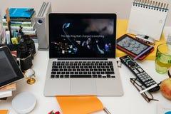 Komputer Apple nowy iPad Pro, iPhone 6s, 6s Plus i Apple TV, fotografia stock