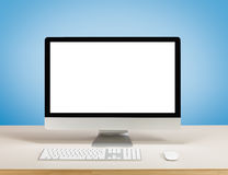 Komputer stacjonarny z bielu ekranem fotografia stock