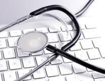 Komputerowa klawiatura i medyczny stetoskop Obraz Stock