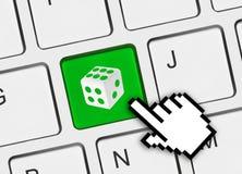 Komputerowa klawiatura z kostka do gry kluczem Zdjęcie Royalty Free