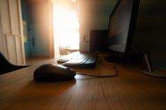 Komputerowa mysz na biurku fotografia royalty free