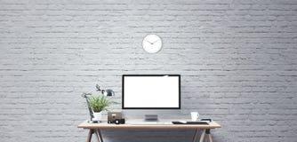 Komputerowego pokazu i biura narzędzia na biurku Komputeru stacjonarnego ekran odizolowywający obrazy stock