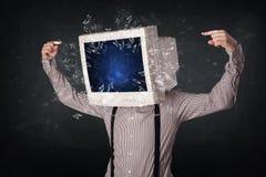 Komputerowy monitoru ekran wybucha na młodzi persons przewodzi Zdjęcia Royalty Free