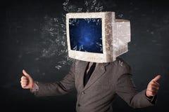 Komputerowy monitoru ekran wybucha na młodzi persons przewodzi Zdjęcie Stock