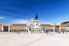 Komrets fyrkantiga Praca gör Comercio i Lissabon, Portugal Royaltyfria Bilder