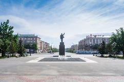 Komsomolskaya摆正,列宁和米拉大道的交叉点 库存图片