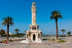 伊兹密尔,在Konak广场的尖沙咀钟楼 免版税库存图片