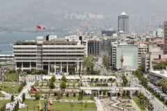 Konak fyrkant av Izmir Arkivbild
