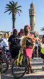 09/23/2018, Konak, mujeres de lujo de Esmirna, Turquía, Esmirna que completan un ciclo viaje foto de archivo