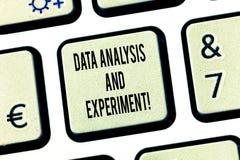 Konceptualna ręka pisze pokazywać dane eksperyment I analizę Biznesowego fotografia teksta Technologiczne badawcze statystyki fotografia royalty free