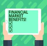 Konceptualna ręka pisze pokazywać rynek finansowy korzyści Biznesowy fotografia tekst Przyczynia się skuteczność rynek i zdrowie obrazy royalty free