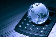 konceptualnej kryzysu gospodarki globalny wizerunku spekulaci świat Obrazy Royalty Free