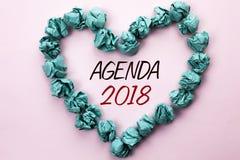 Konceptualny ręki writing pokazuje agendę 2018 Biznesowej fotografia teksta strategii Planistyczne rzeczy Planują Przyszłościowyc Fotografia Royalty Free