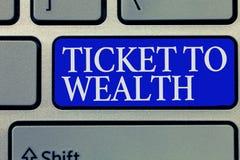 Konceptualny ręki writing pokazuje bilet bogactwo Biznesowa fotografia pokazuje koło pomyślności przejście Pomyślny i zdjęcie stock
