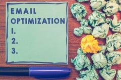 Konceptualny ręki writing pokazuje emaila optymalizacja Biznesowy fotografii pokazywać Maksymalizuje skuteczność kampania marketi zdjęcia royalty free