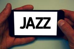 Konceptualny ręki writing pokazuje jazz Biznesowa fotografia pokazuje typ muzyka czarnego Amerykańskiego początku Muzykalnego gat Obrazy Stock