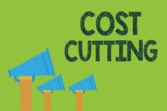 Konceptualny ręki writing pokazuje kosztu rozcięcia Biznesowe fotografia teksta miary uprawomocniali obniżeni koszty i ulepszali  royalty ilustracja