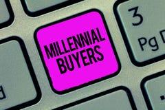 Konceptualny ręki writing pokazuje Millennial nabywcy Biznesowa fotografia pokazuje typ konsumenci które są zainteresowani wewnąt zdjęcie stock