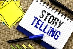 Konceptualny ręki writing pokazuje opowieści Mówić Biznesowy fotografii pokazywać Mówi krótkie opowiadanie części doświadczeń Oso Obrazy Stock