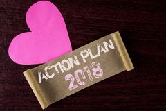 Konceptualny ręki writing pokazuje plan działania 2018 Biznesowa fotografia pokazuje plany celuje aktywności życia celów ulepszen Obrazy Royalty Free