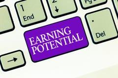 Konceptualny ręki writing pokazuje przychodu potencjał Biznesowa fotografia teksta wierzchołka pensja dla szczególnej pola lub pr obrazy stock