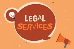 Konceptualny ręki writing pokazuje usługi prawne Biznesowa fotografia pokazuje Providing dostęp sprawiedliwość uczciwego procesu  zdjęcie royalty free