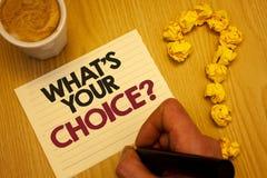 Konceptualny ręki writing seans Jaki S Twój Wyborowy pytanie Biznesowa fotografia pokazuje opci decyzję Wolał Poglądowego Prefere Zdjęcia Royalty Free