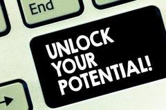 Konceptualny ręki writing seans Otwiera Twój potencjał Biznesowy fotografia tekst Spuszczać ze smyczy zdolność które mogą prowadz zdjęcie stock