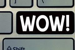 Konceptualny ręki writing seansu no! no! Biznesowego fotografia teksta sukcesu Rewelacyjny odciśnięcie i ekscytuje someone Ekspre obrazy stock