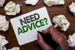 Konceptualny ręki writing seansu potrzeby rada pytanie Biznesowa fotografia pokazuje someone Pytać jeżeli chce rekomendacje lub g obrazy stock