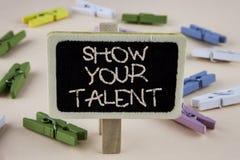 Konceptualny ręki writing seansu przedstawienie Twój talent Biznesowy fotografii pokazywać Demonstruje osobistego umiejętności zd obrazy stock