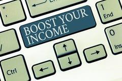 Konceptualny ręki writing seansu zwiększenie Twój dochód Biznesowa fotografia pokazuje wzrost twój pieniądze Inwestorski Freelanc zdjęcie royalty free