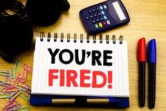 Konceptualny ręki writing teksta podpis pokazuje Ciebie Podpala Biznesowy pojęcie dla bezrobotni lub rozładowanie pisać na notatn zdjęcia royalty free