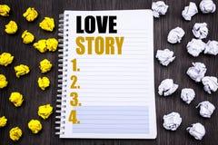 Konceptualny ręki writing teksta podpis pokazuje Love Story Biznesowy pojęcie dla Kochać Someone Kierowy Pisać na notepad notatki Zdjęcie Royalty Free