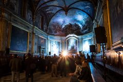 Koncert elektroniczna muzyka, trzymający w kaplicie w Tuluza, Francja fotografia royalty free