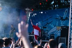 Koncert Ukraiński rap artysta Yarmak Maj 27, 2018 przy festiwalem w Cherkassy, Ukraina zdjęcie stock