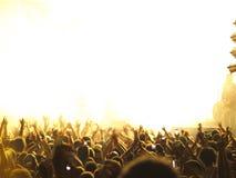 koncerta złoty zatłoczony zdjęcia stock