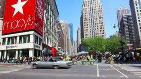 Kondig Vierkant in de Stad van New York aan stock footage