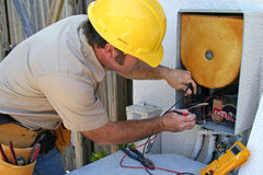 konditionering repairman för luft 2 fotografering för bildbyråer