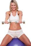konditionserien weights kvinnan Arkivbild