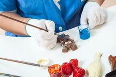 Konditorfarbenschokolade stockbilder