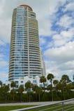 Kondominium, Südstrand, Florida Lizenzfreie Stockfotos